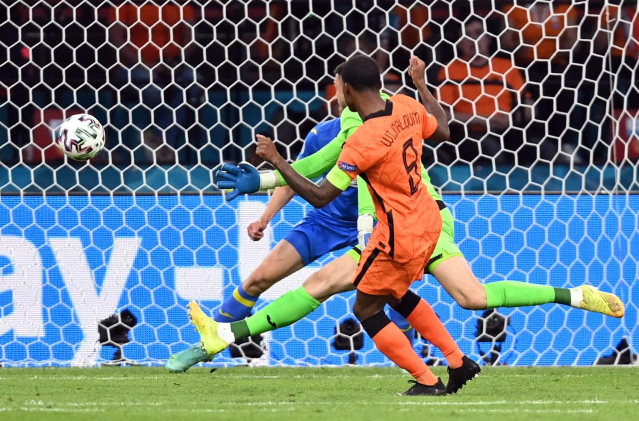 มันทุกนาที! เนเธอร์แลนด์มีเสียวเชือดยูเครนท้ายเกม 3-2