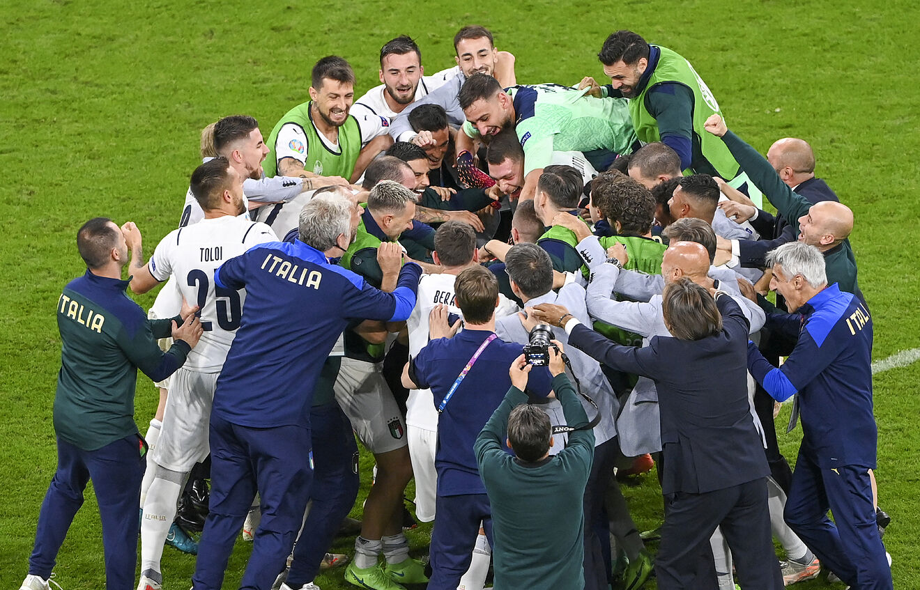 รอดวลสเปน! อิตาลียังแกร่งเชือดเบลเยียม 2-1